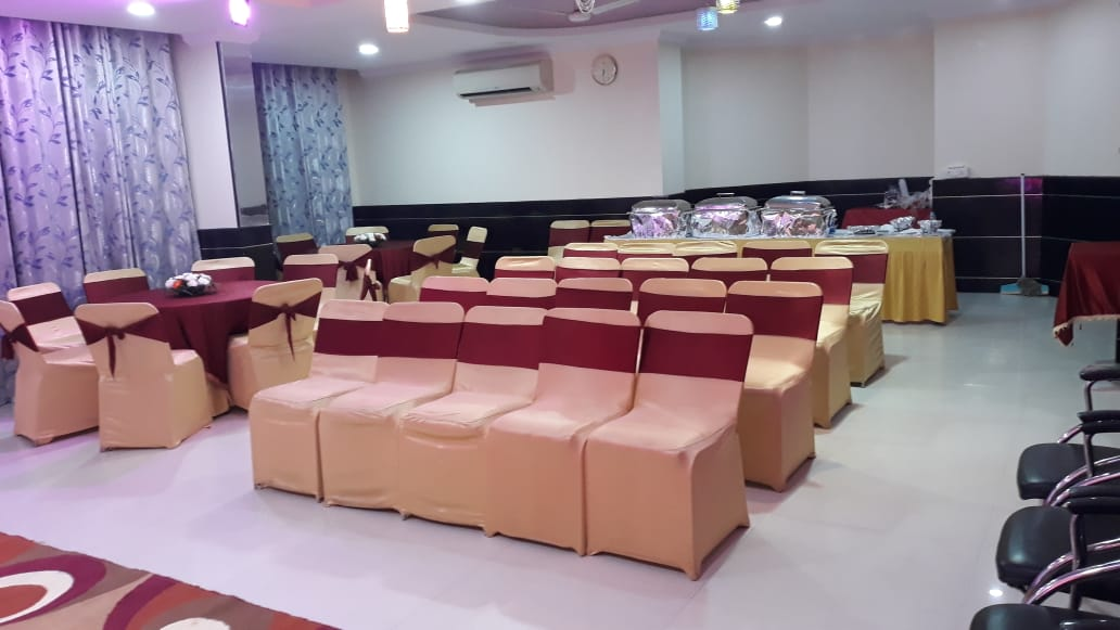 Conference & Banquet Hall